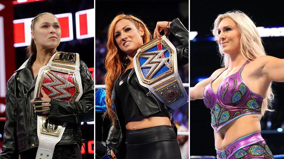 Resultado de imagem para Em combate triplo no principal evento da WWE, Ronda Rousey perde título